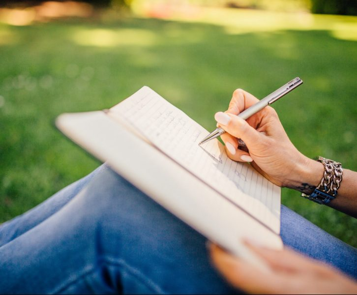 I Tried Journaling for a Week and Discovered A LOT. Here's How
